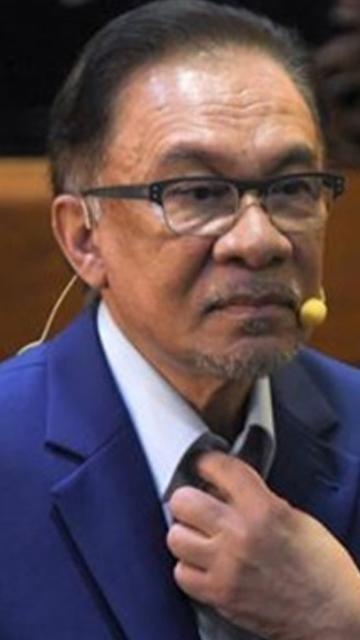 Takiyuddin masih nak 'bersilat', bertikam lidah - Anwar