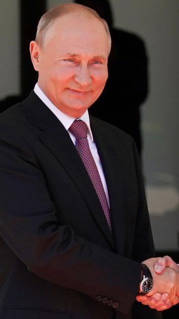 Serangan siber, hak asasi perbincangan utama sidang Biden-Putin
