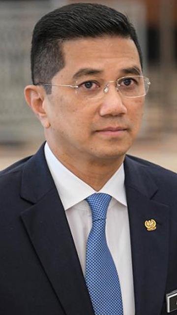 'Ekonomi Malaysia tunjuk tanda-tanda pemulihan' - Azmin