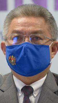 You're sleeping on the job, Dzulkelfy tells health minister