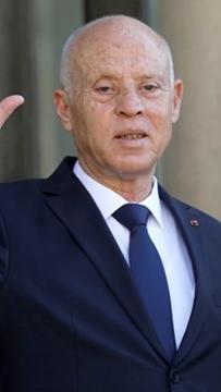 Presiden Tunisia gulingkan perdana menteri, gantung Parlimen