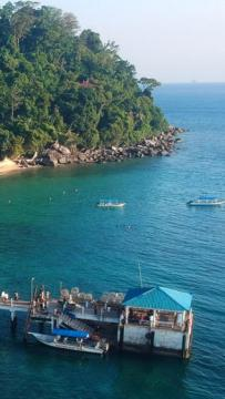 Minister: Langkawi received over 100,000 tourists in the past month