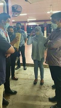 Radzi lawat kolej selepas dakwaan 'pemeriksaan haid' timbul