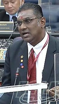 Kecoh di Parlimen, Rayer tuduh Azeez hina bahasa Tamil