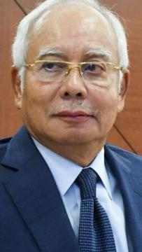 Najib granted extension, can travel to Singapore after Malacca polls