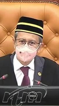 Hishammuddin ucap selamat hari lahir kepada Speaker